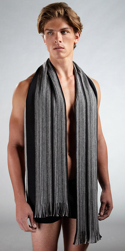 HUGO BOSS Virgin Wool Knit Scarf