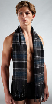 HUGO BOSS Virgin Wool Scarf