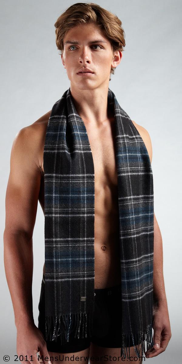 HUGO BOSS Virgin Wool Scarf