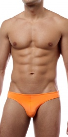 Cover Male Bikini