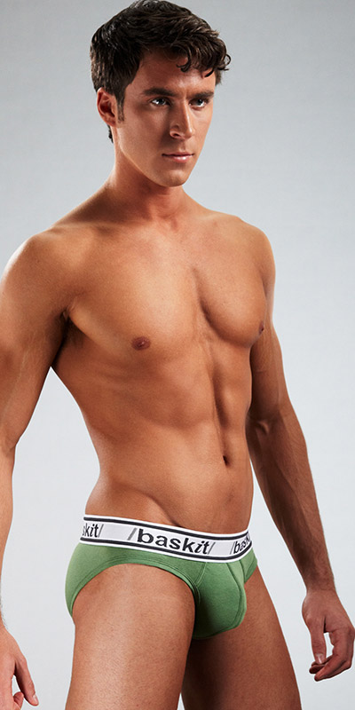 Baskit Light Brief