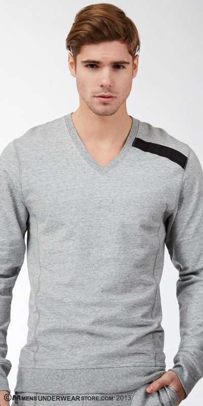C-IN2 Sweats Cafvee Neck Pull Over